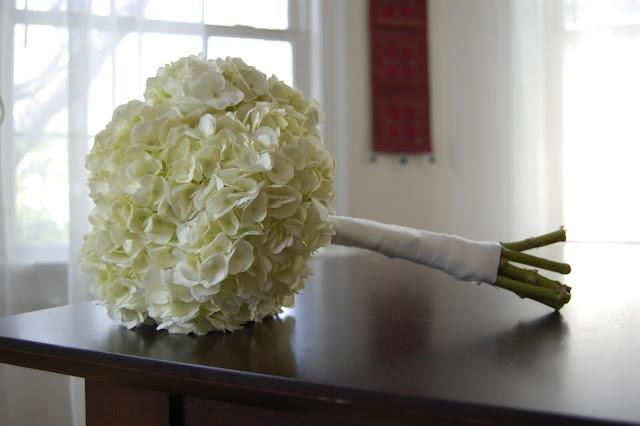 hydrangea wedding bouquet