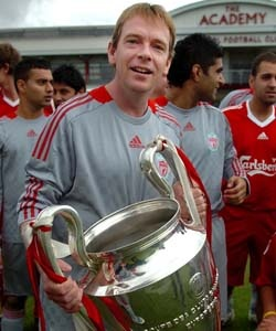 Liverpool FC : Top 10 Celebrity Fans of Liverpool ...
