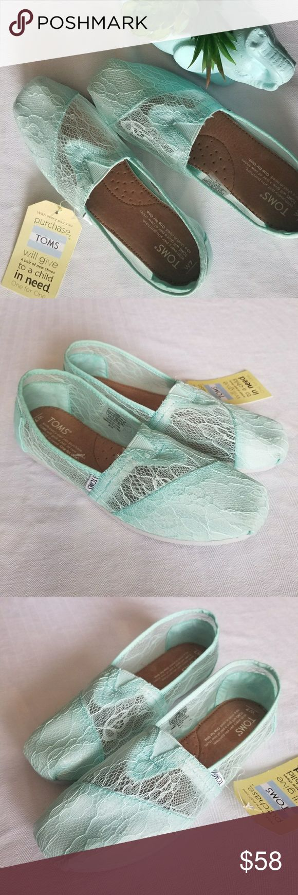 ⬇️Woman's Lace Toms Slip on Sneaker Mint New 7 New with tags Woman's CLASSIC Lace Toms Slip on Sneaker Mint New 7 The TOMS Classic espadrilles are sleek and feminine with mint green floral lace uppers. Signature TOMS branding to the side and heel along with a padded footbed to ensure everyday comfort. Slim rubber sole completes. Upper Material - Lace Sole Material - Eva Flats and Loafers Toms Shoes Espadrilles