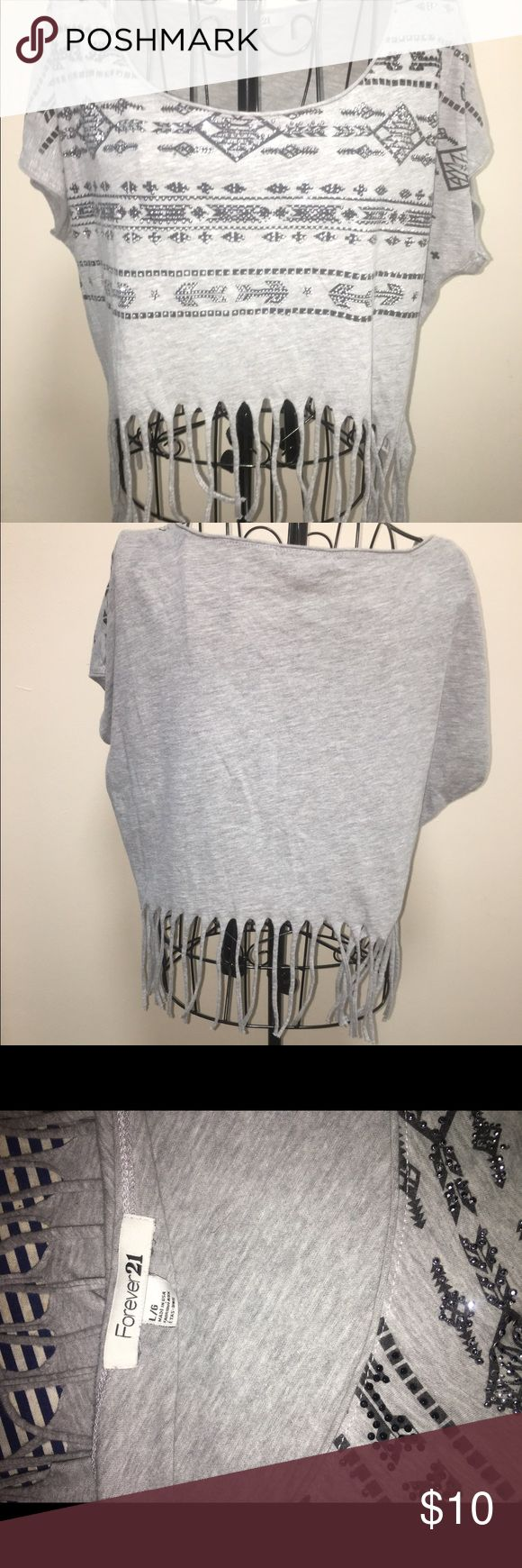 Forever 21 cropped fringe tribal top size large. Forever 21 cropped fringe tribal print  top size large. Forever 21 Tops Tees - Short Sleeve
