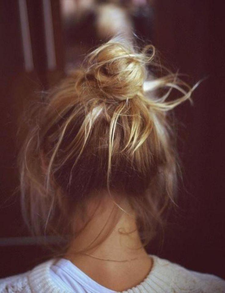 coiffures pratiques belles tendance plage ete chignon tresses