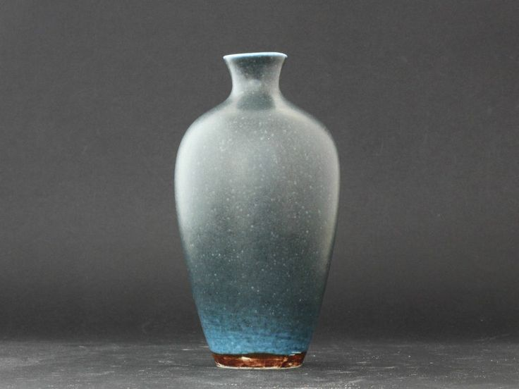 Annikki Hovisaari, Arabia - Extraordinary unique stoneware vase w stunning glaze