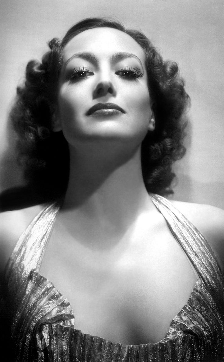 Joan Crawford - by George Hurrell 1935                                                                                                                                                                                 Plus