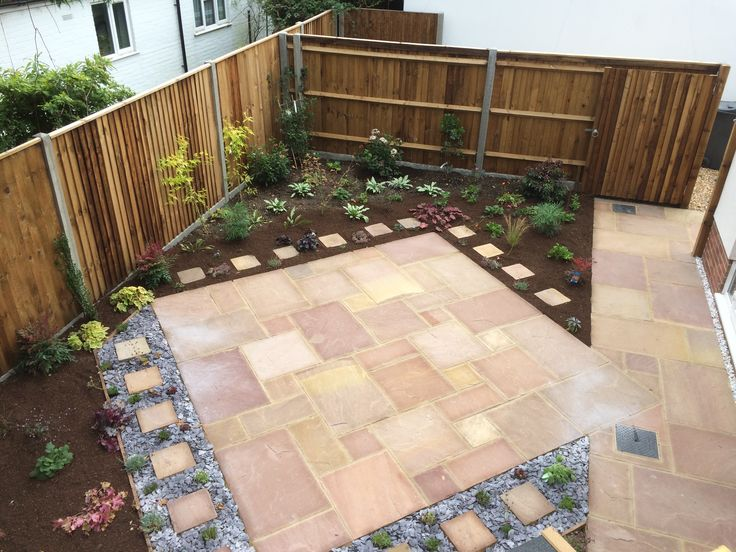 Interest And Character Created In This Garden By Installing A Small Patio  Area Surrounded By Borders