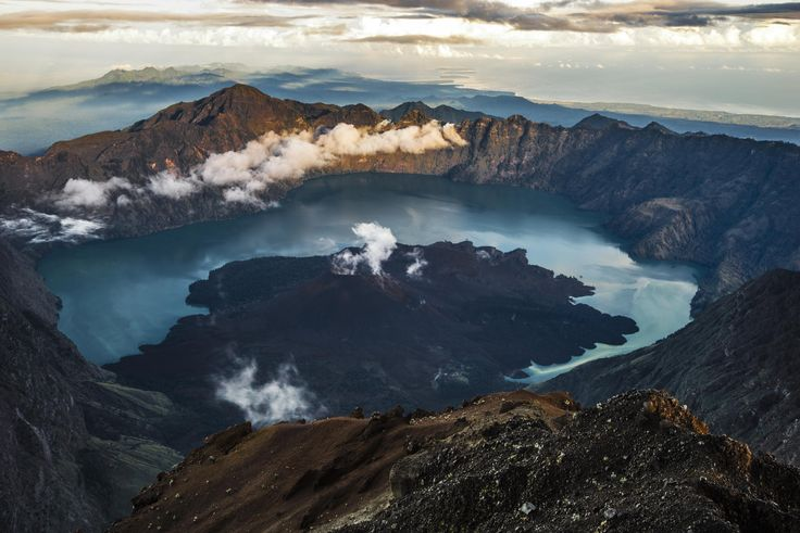Rinjani Crater by Fakhri Anindita on 500px
