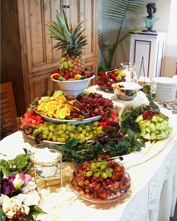 Wedding Reception Buffet Food Ideas: Beautiful Brides Magazine: Should You Have A Buffet Table