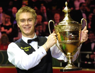 I was a Paul Hunter fan and the way he played through his cancer battle was an inspiration...