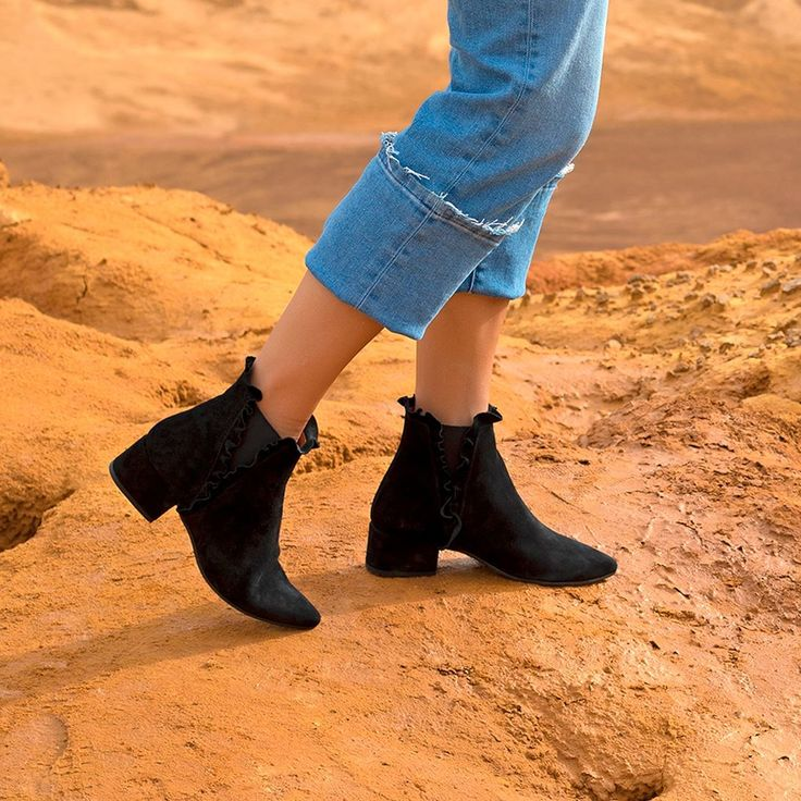 Dont wait more! #ASOS and get these #SixtySeven black #boots.  http://bit.ly/ASOSbotines67 #sixtysevenshoes #sixtyfan #London #Londres #stylish #trend #tendencia #shoes #picoftheday #fashionshoes #trendy