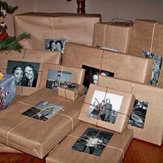 Super cute gift wrapping idea.