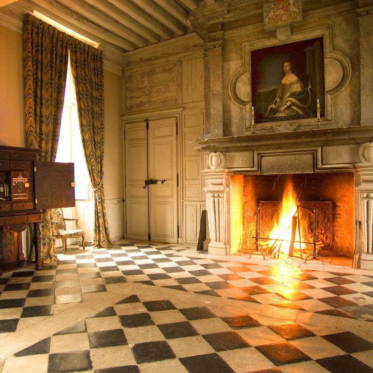 Chateau De Saint-Loup Sur Thouet