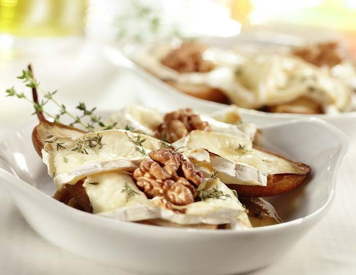 Ψητό αχλάδι με κατσικίσιο τυρί, μέλι και δενδρολίβανο και μια παραλλαγή έκπληξη για το γιορτινό σας τραπέζι, συνταγές για χορτοφάγους χωρίς γλουτένη