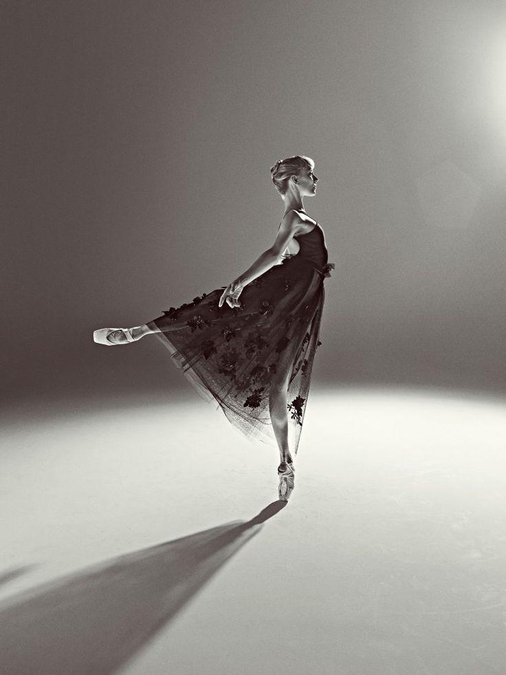 Dance photographer Rick Guest... what lies beneath -  Sarah Lamb by Rick Guest