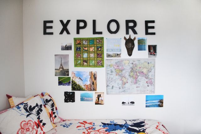 25 WellDesigned Dorm Rooms to Inspire You  Travel wall  ~ 162607_Dorm Room Name Ideas