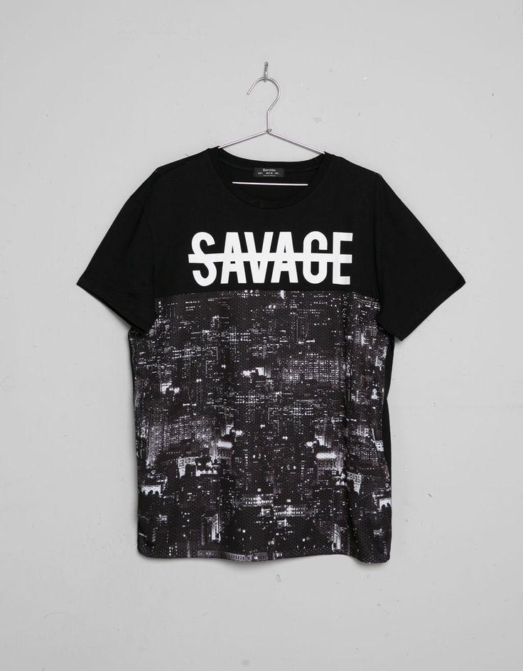 Camiseta estampado gráfico. Descubre ésta y muchas otras prendas en Bershka con nuevos productos cada semana