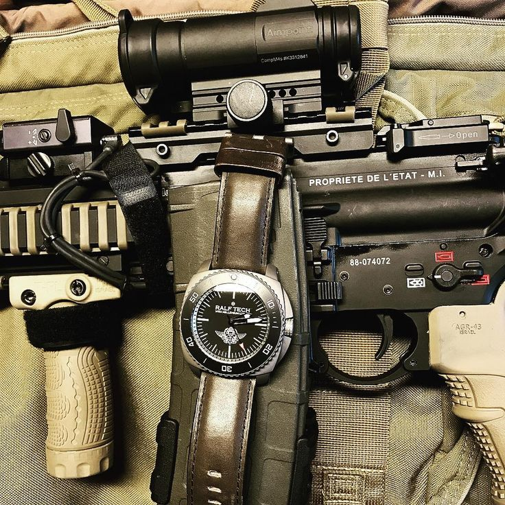 TGIF (Thanks Glock it's Friday)! RALF TECH watch, HK416 rifle, serious tools for serious people!  Featuring RALF TECH WRX Hybrid Millenium for Commando Hubert French Navy special forces.  #watch #watchporn #watchaddict #watchnerd #limitededition #lifestyle #menstyle #specialops #specialforces #sailing #frenchnavy #friends #family #swissmade #swissarmy #pirates #swat #millenium #titanium #soul #rough #camo #commando #vintage #unique