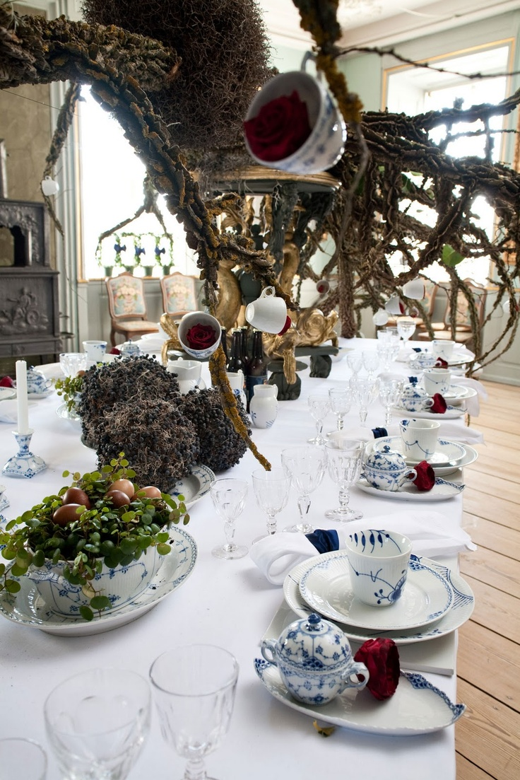 Best table settings images on pinterest royal