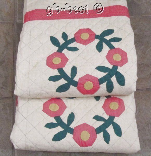 Cottage Charm 30s Wreath of Roses Applique Vintage QUILT 100 x 72 Pink Yellow