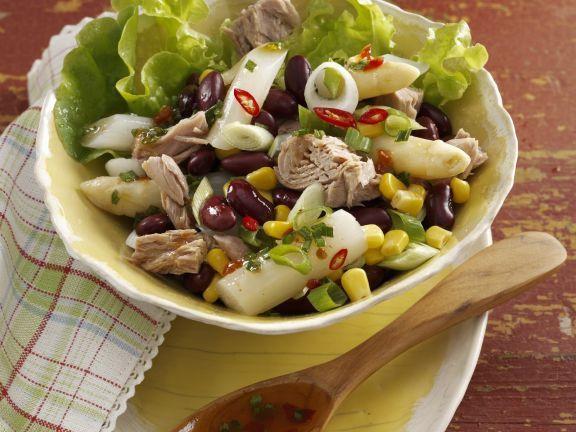 Spargel-Thunfisch-Salat mit Mais und Bohnen ist ein Rezept mit frischen Zutaten aus der Kategorie Meerwasserfisch. Probieren Sie dieses und weitere Rezepte von EAT SMARTER!