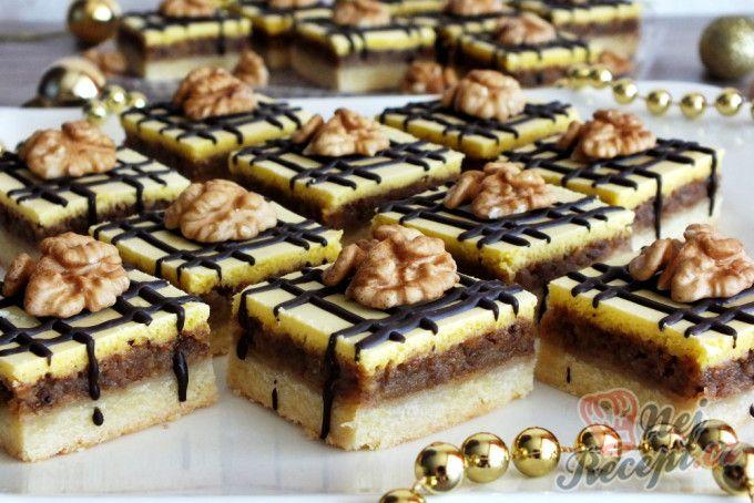Vánoční cukroví, které nemá konkurenci - Linecké ořechové kostky    NejRecept.cz   Recipe   Short pastry, Christmas food, Sweet desserts