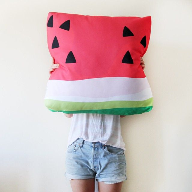 Watermelon Cushion Selfie | www.jenniferandsmith.com