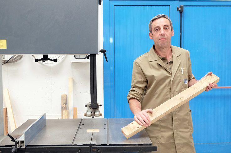 Giorgio Da Ros è una persona molto precisa, attenta ai particolari e con grande manualità visto come usa la pialla a mano ...