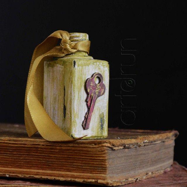 Accesorios y decoración hechos a mano con materiales reciclados https://instagram.com/artdrunartesanal/