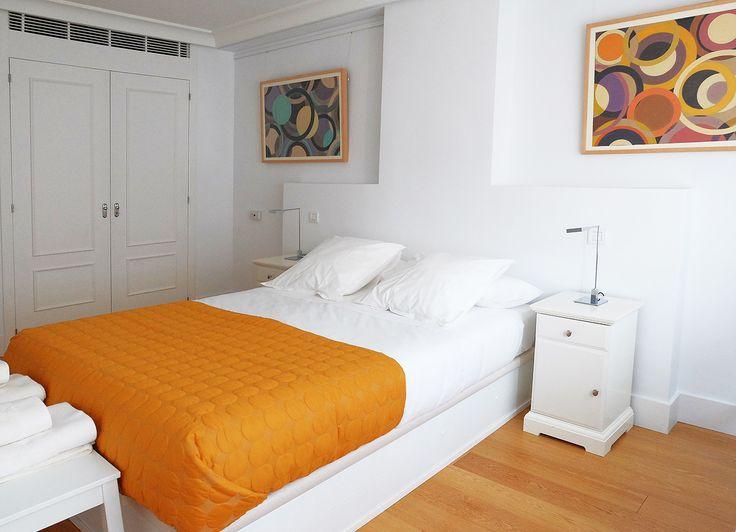 ¿Qué te parece este dormitorio de nuestro apartamento? / How do you like this bedroom? (Castelló 115) http://www.primeresidence.es/#!untitled/zoom/c1i8y/i3m68