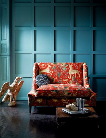 Fabric designed by Melissa White for Zoffany. Inspired by Elizabethan wall painting. Love this vignette.