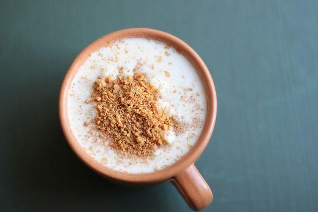 Brazilian white corn porridge #brazilianfood #corn #canjica #porridge #sweet #vegetarian #dessert #winter