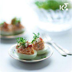 Jaja faszerowane serkiem kozim i mięsem kraba | Kwestia Smaku