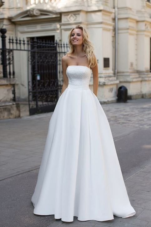 Beach Bohemian Wedding Dresses A Line Satin Pearls Bodice Bridal Gowns
