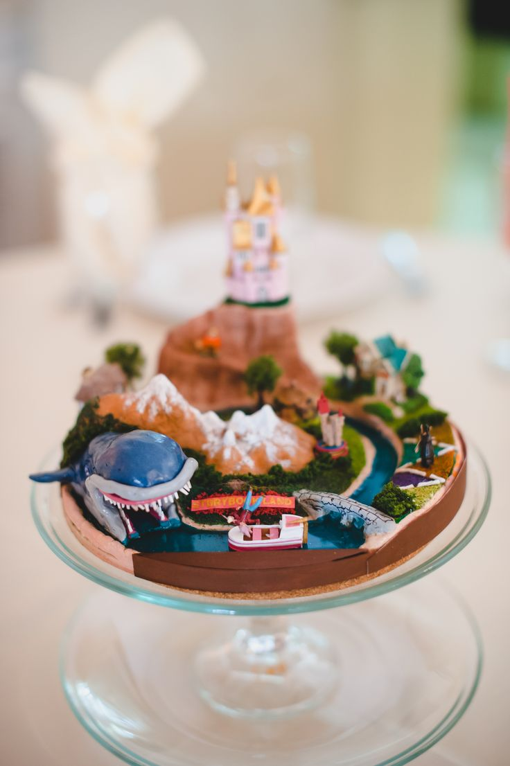 Disneyland photos disneyland paris bride groom table grooms table - Storybook Canals Centerpiece By My Mom And Her Friend Helen Dyiwedding Dyi Wedding