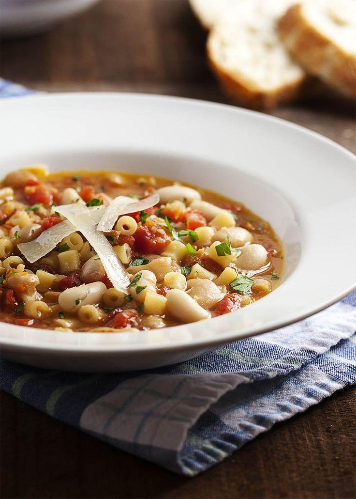 Pasta e Fagioli - Italian Pasta Bean Soup | Recipe | Pasta E Fagioli ...
