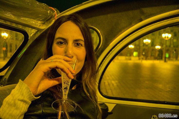 Tour por Montmartre en un auténtico 2CV descapotable con botella de champán - Qué ver en Montmartre
