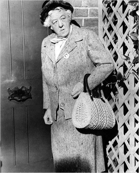 Miss Marple 16 clock 50 from Paddington: photo George Pollock, Margaret Rutherford
