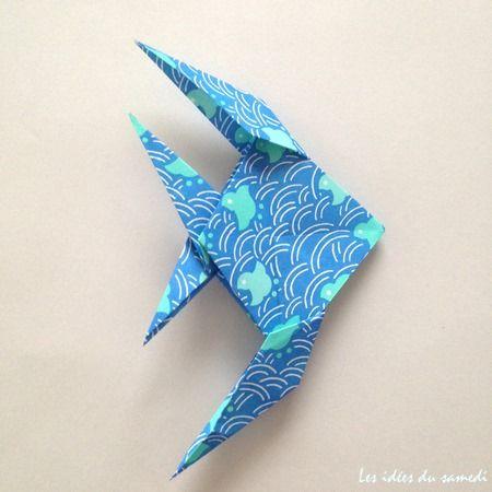 Comment faire un poisson ange en origami? Pliage assez difficile, mais vous trouverez également d'autres idées pour plier des poissons plus facilement.