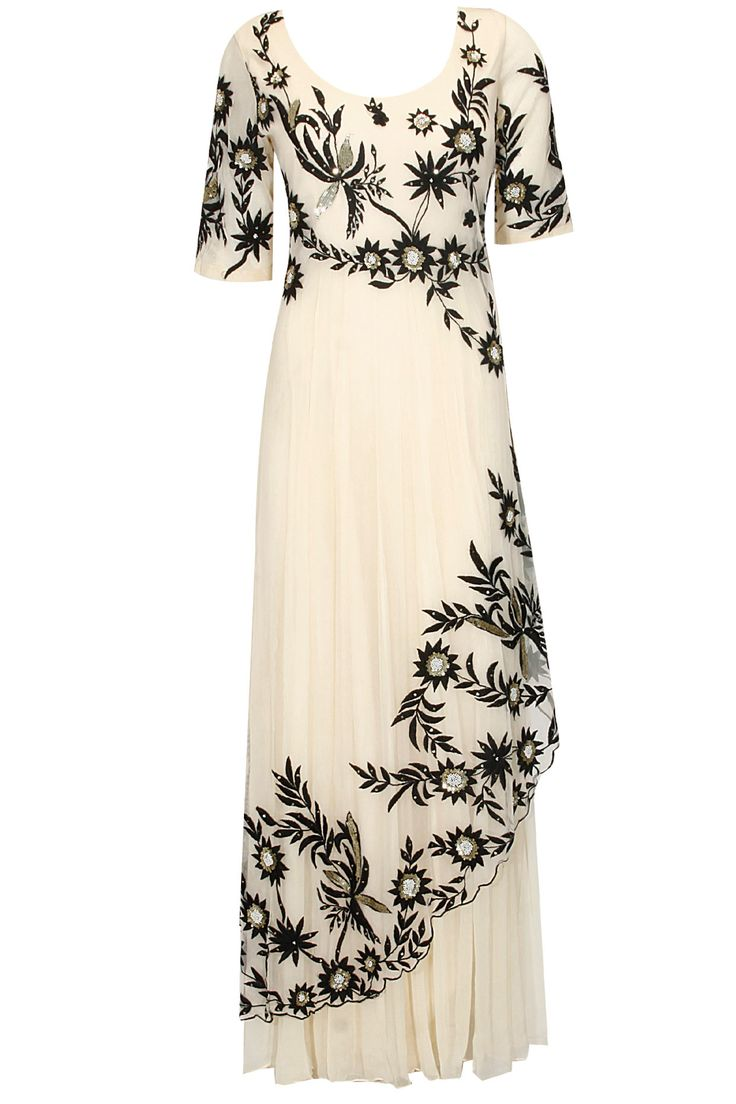 Off white floral thread and sequins embroidered layered kurta and set available only at Pernia's Pop Up Shop.