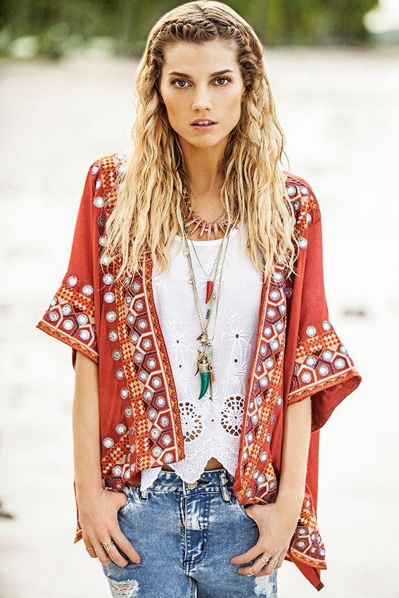 *Kimono Esha  *Musculosa Eivi  *Jean Boyfriend  *Collar Rasa  *Collar Sambaqui  #EasyChic #coleccion #indiastyle
