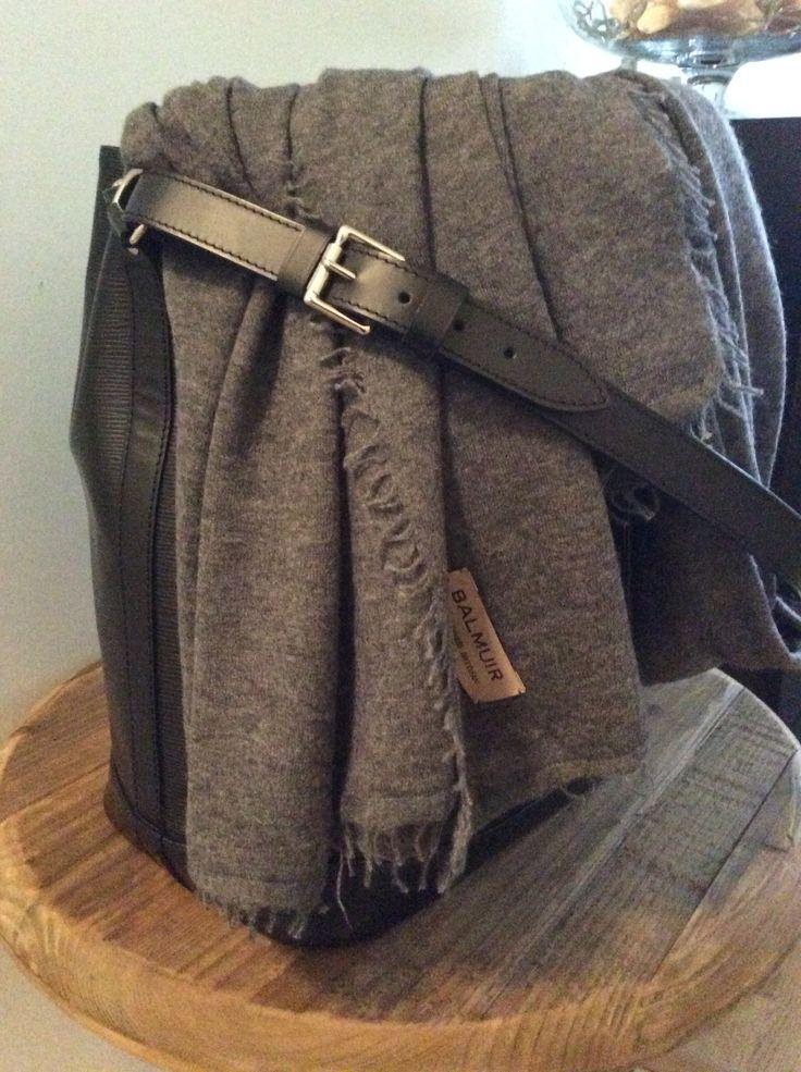 Noe Handbag | LV & Helsinki Scarf | Balmuir