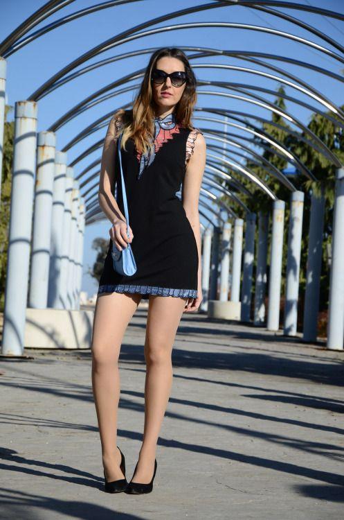 bowsequinsdress #tan #pantyhose #blogger #legs #mini #heels