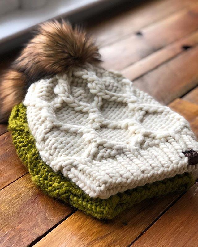 Twist Of Fate Beanie By Cathryn Johnson Kittysknittycreation Malabrigo Rasta In Lettuce And Natural Hat Knitting Patterns Beanie Pattern Knitting Patterns