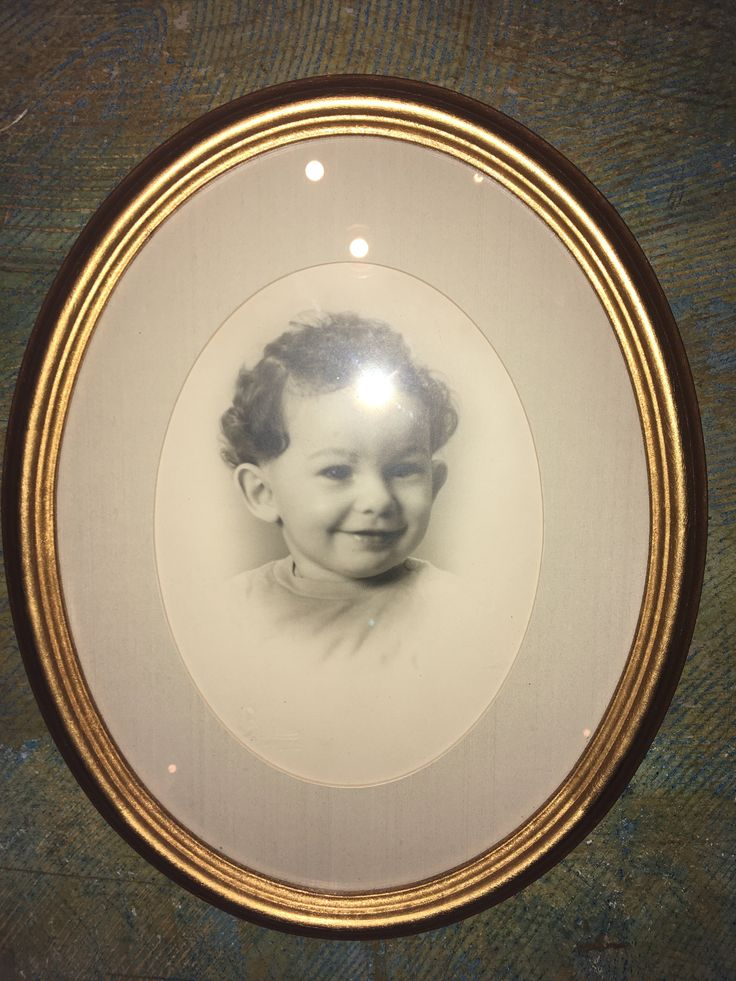 Vintage Oval photo frame little boy