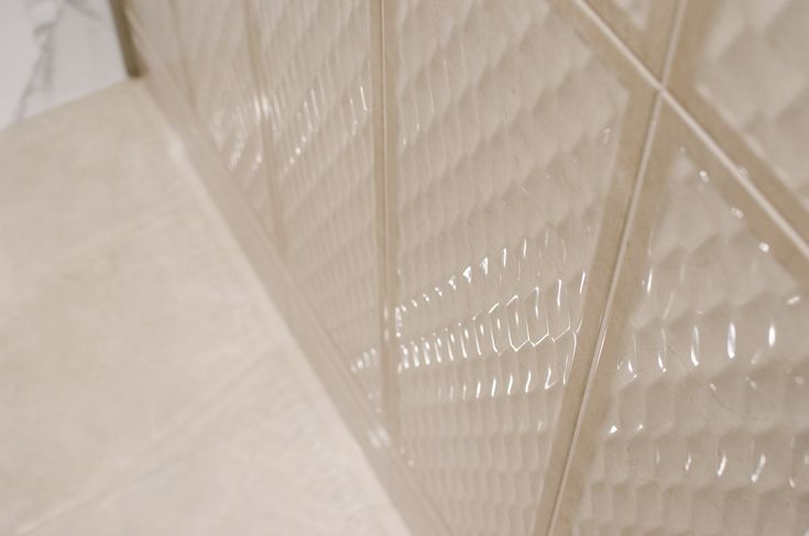 Arcana Tiles | Avorio Diamond Marfil 25x75 cm. | wall tiles