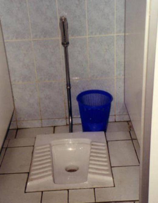 Bathroom Mirror Jokes 27 best bathroom humor, bizarre urinals and bathroom jokes images