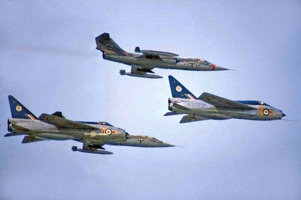 92 Squadron Lightnings and Luftwaffe Starfighters. Always a welcome sight