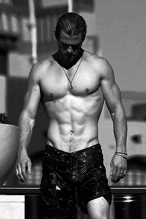Chris Hemsworth - because this picture needs to be pinned....