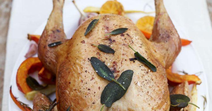Quelques ingrédients de base suffisent à Jamie Oliver pour créer la meilleure dinde de Noël au monde. Essayez-la!