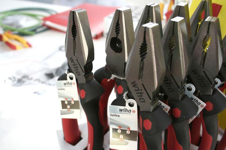 Una #herramienta perfecta, facilita el trabajo. #WIHA #bricolaje #profesional