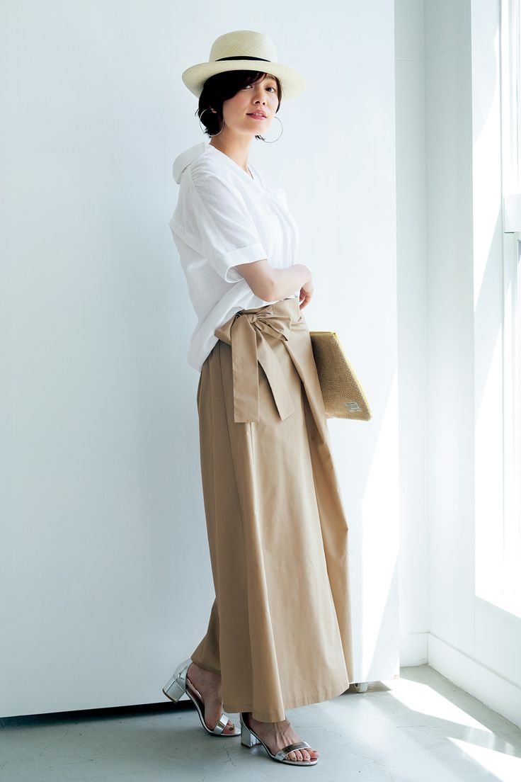 IEDIT 抜け衿デザインのコットンリネン ギャザープルオーバーシャツ〈ホワイト〉|フェリシモ