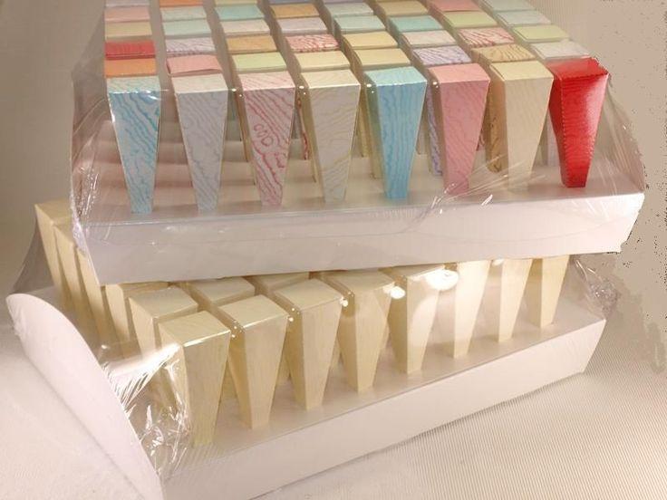 Dettagli su vassoio 48 conetti avorio porta riso confetti - Porta riso matrimonio ...